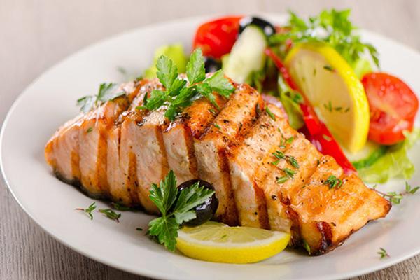 cách làm cá hồi sốt bơ tỏi