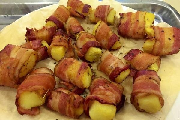 khoai tây cuộn bacon